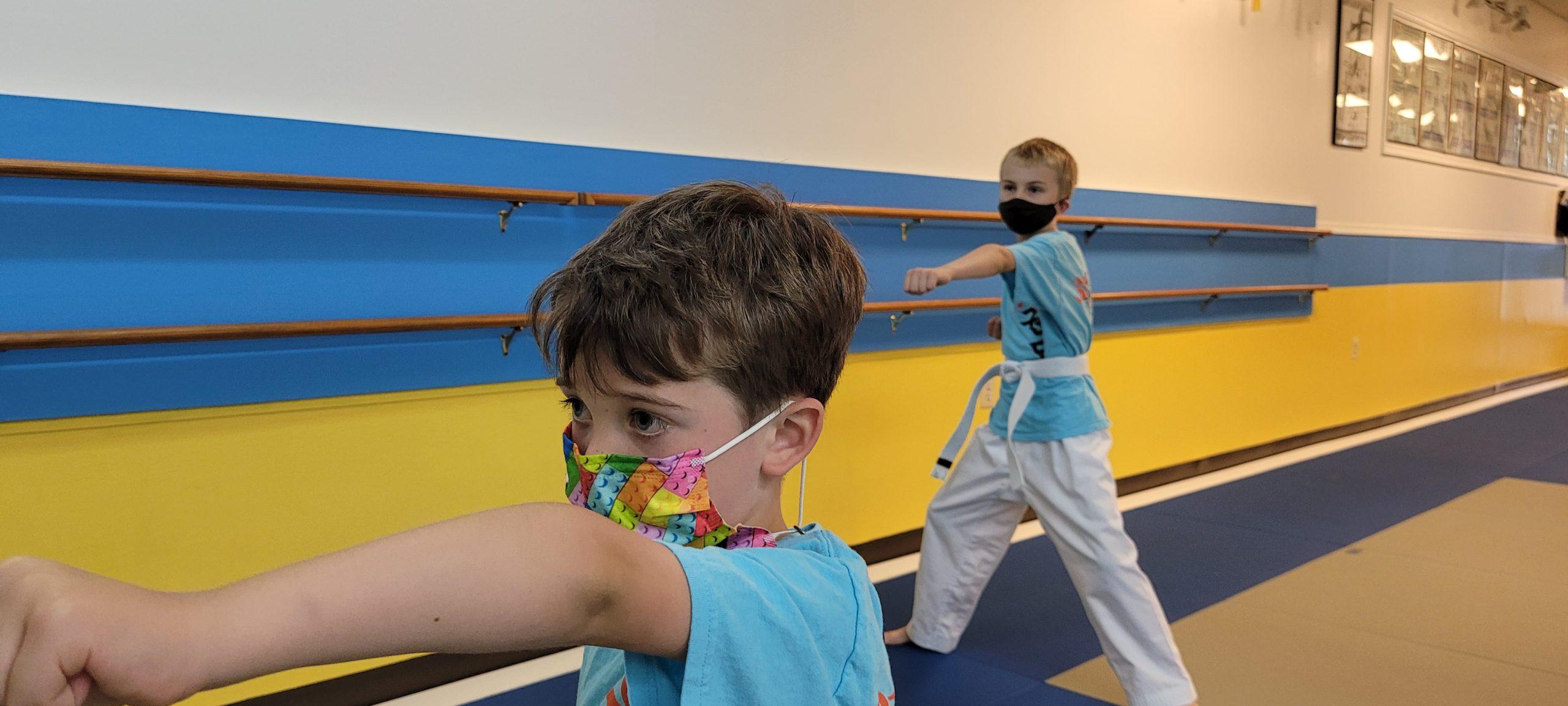 Sun taekwondo youth group